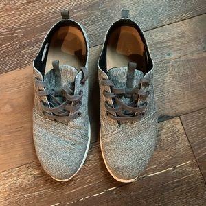 Toms Men's gray sneakers